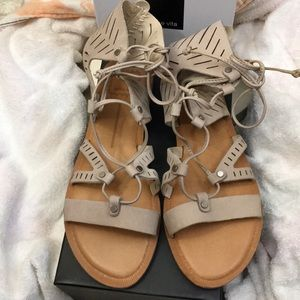 Dolce Vita Sandals, NWT, Gorgeous!